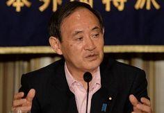 菅義偉官房長官は19日の記者会見で、北朝鮮が18日に日本人拉致被害者12人の再調査をめぐり「現時点では初期段階を超える説明はできない」と北京の大使館ルートを通じて連絡してきたことを明らかにしました。