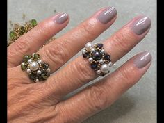Victoria Ring - looks like a quick project to use up beads in my stash Beaded Jewelry Patterns, Beading Patterns, Jewelry Making Tutorials, Beading Tutorials, Bar Earrings, Gemstone Earrings, Beaded Dragonfly, Diamond Stacking Rings, Handmade Rings
