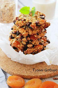 Szybkie i zdrowe ciasteczka w wersji fit, które można podjadać bez większych wyrzutów sumienia. Do przygotowania ciastek nie używamy ani ...