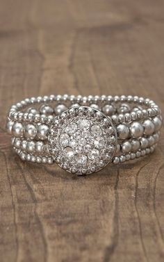 Lighting Ridge Silver Beads w/ Rhinestone Concho Stretch Bracelet