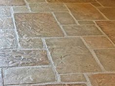 Stamped concrete — that is, concrete as fake stone Stamped Concrete Patio Cost, Stamped Concrete Designs, Concrete Patio Designs, Concrete Patios, Decorative Concrete, Fake Stone, Brick And Stone, Flagstone Flooring, Concrete Floors