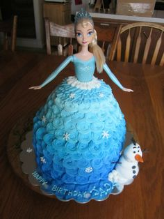 Frozen Elsa doll cake with Olaf. madesweetbakery.wix.com/sweet