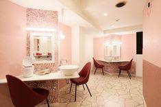 ドーミー江坂コミュニティハウス #シェアハウス #大阪 #江坂 #SHAREHOUSE180° #リノベーション #新築 #ルームシェア #コワーキングスペース #ゲストハウス #Co-Living #シェアオフィス #レンタルスペース Oversized Mirror, Vanity, House, Furniture, Home Decor, Dressing Tables, Powder Room, Decoration Home, Home