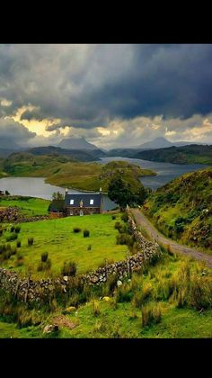 Somewhere in Scotland - Schottland - Travel Places Around The World, Oh The Places You'll Go, Great Places, Places To Travel, Places To Visit, Around The Worlds, Beautiful World, Beautiful Places, Destination Voyage