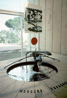 Alexander Calder - Mercury Fountain