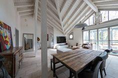 Schöne 3.5 Zimmer- Dachwohnung mit über 4m Raumhöhe in Luzern zu vermieten.