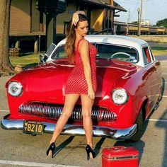 A grand collection of beautiful ladies with vehicles Rat Rod Girls, Car Girls, Pin Up Girls, Pin Up Car, Rockabilly Cars, Erotic Photography, Photography Ideas, Trucks And Girls, Us Cars