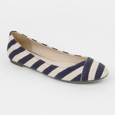 Simple and cute #shoes #flats