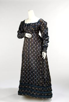 Dinner Dress, c. 1820. Late Regency era. Here, it is evident that the fashionable waistline is returning to the natural position.