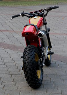 Browse a number of my best builds - custom made scrambler builds like Tracker Motorcycle, Motorcycle Types, Moto Bike, Yamaha 250, Cafe Racer Bikes, Cafe Racer Build, Gp Moto, Vintage Moped, Xjr 1300
