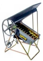 Keene Puffer 12 Volt - electric drywasher - www.aptsgold.com