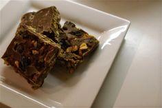 Coffee shops, food and stuff: Pecan, peanut and sultana fridge cake