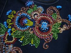 Bead work on cloth Good afternoon! This time on the bead work on the finished product. For embroidery, we wil Blackwork Embroidery, Floral Embroidery, Beaded Embroidery, Embroidery On Clothes, Gold Work, Bead Art, Jewelry Crafts, Easy Crafts, Needlework