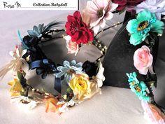 Rosa M. fabrique à petit prix une collection d'accessoires en fleurs dans un univers bohème chic.