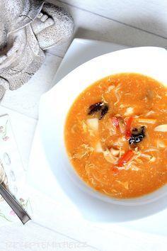 Dieses Rezept Pekingsuppe süß – sauer- scharf, ist in der Zubereitung einfach. Diese Suppe vom Chinamann gehört bei einem Restaurantbesuch dazu. Ich hab nach langem Ausprobieren jetzt meine Lieblin…