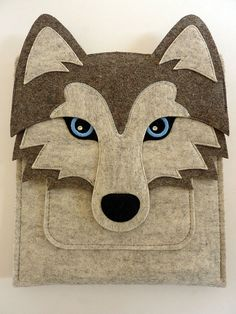 Wolf iPad 1/2/3/4 felt sleeve by BoutiqueID on Etsy