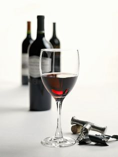 wine Images and pictures - Your image selection at StockFood - The Food Media Agency: food images, pictures, photos