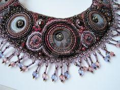 collana rosa by marimerabi.deviantart.com on @DeviantArt
