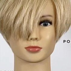 Asymmetrical Pixie Haircut, Edgy Short Hair, Long Pixie Cuts, Short Hair With Layers, Short Hair Cuts For Women, Short Hairstyles For Women, Long Pixie Bob, Hair Cutting Videos, Hair Cutting Techniques