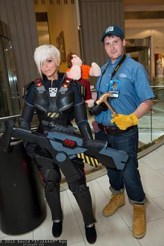 Sergeant Calhoun and Fix-It Felix, Jr. | DragonCon 2013