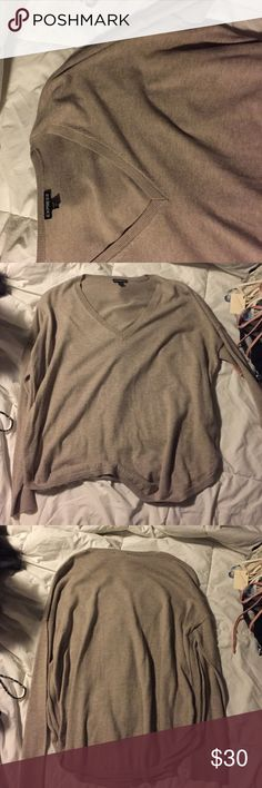 Express long sleeve sweater Brand new without tags! Express Sweaters Crew & Scoop Necks
