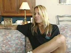 Vince Neil Exposed Headbangers Ball Interview