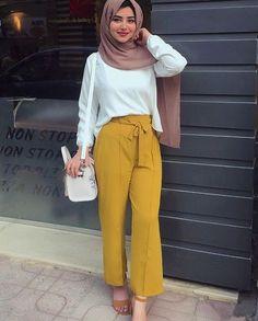 55 Ideas Fashion Hijab Style 2019 For 2019 Muslim Fashion, Modest Fashion, Trendy Fashion, Fashion Looks, Fashion Outfits, Hijab Style, Casual Hijab Outfit, Hijab Chic, Casual Outfits