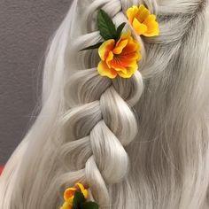 For more braid video tutorials just visit our website! Box Braids Hairstyles, Braiding Your Own Hair, Shoulder Hair, Hair Videos, Hair Trends, Short Hair Styles, Hair Cuts, Hair Beauty, Video Tutorials