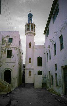 https://flic.kr/p/7kKAxC | Old mosque (Mogadishu, Somalia) | islam in Somalia represent the 99% of the population  it is the main religion in Somalia