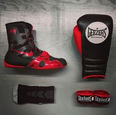 Geezers & Nike Combo!!   Check out this black and red combination by following the link below:  http://www.geezersboxing.co.uk/  #Nike #NikeFootwear #NikeBoots #Geezers #GeezersBoxing #Boxing #Training #Fitness #Gym #Sparring #Gloves #BoxingGloves