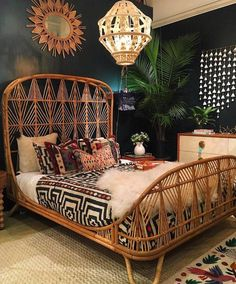 "948 Likes, 25 Comments - ⌯ Kacy Brynn // Wood Signs ⌯ (@northwoodsupply) on Instagram: ""when a photo legit takes your breath away... that bed frame is to die for!!! @selamatdesigns…"""