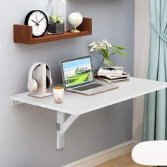 Drop leaf table that you can use as your mini home office or as a way of adding an extra kitchen counter. Wall Mounted Table, Hanging Table, Wall Mounted Desk Folding, Floating Table, Floating Shelves, Study Table Designs, Kids Study Table Ideas, Bed Designs, Folding Walls