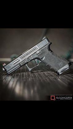 Salient Glock 17.. Isn't she Pretty :)