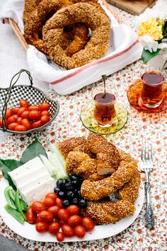 """Homemade Simit: How to make it at home with a short """"How To"""" VIDEO with the recipe. #simit #breakfast #turkishfood #turkishbreakfast...."""