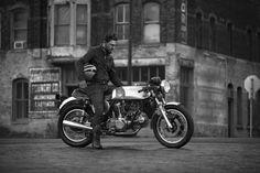 20R9829 copy Ducati 900 GTS by Nick Huber