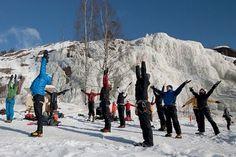 Naisten Jääsessarit Pirunkalliolla 03/2011  Kuvat: Anders Koponen Mount Everest, Mountains, Blog, Travel, Viajes, Trips, Traveling, Tourism, Bergen