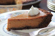 Bourbon Pumpkin Pie with Gingersnap Crust - Circulon Canada
