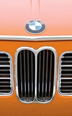 Drive: 1972 BMW 2002 tii Photo Gallery