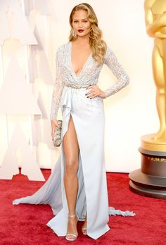 The stars have aligned for Hollywood's biggest night! Take a gander at the gorgeous gowns worn by celebs including Reese Witherspoon, Nicole Kidman, Kerry Washington at the 2015 Academy Awards on Sunday, Feb. 22, in Hollywood.