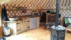 Inside the yurt2