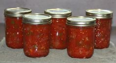 Stewed tomatoes can be used in so many recipes that it is very useful to have some handy in your pantry. I have included step-by-step instructions on how to can stewed tomatoes. Stewed Tomato Recipes, Canning Stewed Tomatoes, Canning Vegetables, Tomato Canning Recipes, Canning Tips, How To Can Tomatoes, Cooking Instructions, Food Safety, Pantry