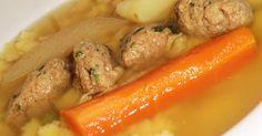 Mennyei Májgombóc leves recept! Igazán finom házi májgombóc. Nem bonyolult elkészíteni, de sokkal-de-sokkal finomabb, mint a bolti. Na és tudjuk miből készült! :)