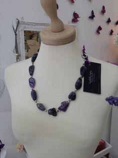 Guarda questo articolo nel mio negozio Etsy https://www.etsy.com/it/listing/266069760/collana-lunga-con-pendenti-in-cristallo
