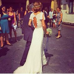 Obsessed with backs! Lovely wedding dress too. Lace Wedding Dress, Dream Wedding Dresses, Boho Wedding, Wedding Gowns, Wedding Bells, Wedding Events, Weddings, Yes To The Dress, Ring Verlobung
