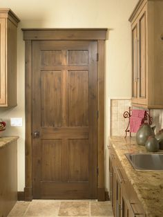 Rustic Craftsman Interior Laundry Door (Square Top Rail, 6-Panel, A1, Knotty Alder, Yampa River with Walnut Glaze Finish)