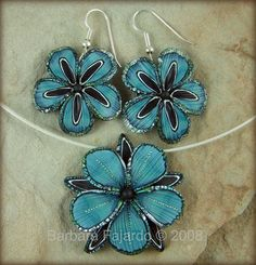 https://flic.kr/p/5kMu2m | Blue Flora Pendant and Earrings