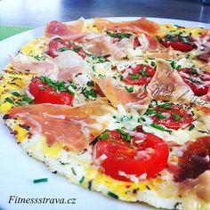 Italská vaječná omeleta Low Carb Recipes, Healthy Recipes, Healthy Food, Look And Cook, Hawaiian Pizza, Workout Programs, Dinner Recipes, Food And Drink, Yummy Food