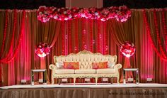 Please visit postingan Modern Wedding Reception Stage Decorations To read the full article by click the link above. Marriage Hall Decoration, Wedding Hall Decorations, Backdrop Decorations, Flower Decorations, Backdrop Ideas, Stage Backdrops, Indian Wedding Stage, Wedding Stage Design, Wedding Reception Backdrop