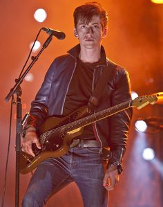 Alex Turner: I can't write hits anymore Alex Turner, Arctic Monkeys, Monkey 3, The Last Shadow Puppets, Indie Music, Man Crush, Beautiful People, Punk, Boys
