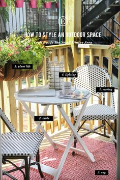 How to Style an Outdoor Space: The Small Dining Area #theeverygirl